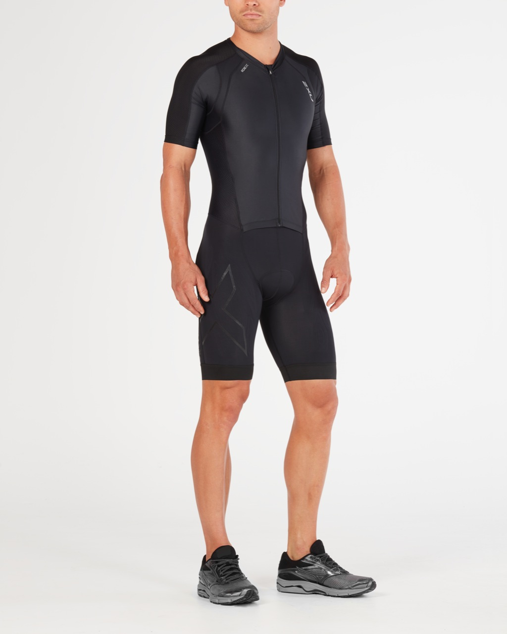 BODY 2XU MEN'S COMPRESSION FULL ZIP SLEEVED TRISUIT MT4838d black.jpg