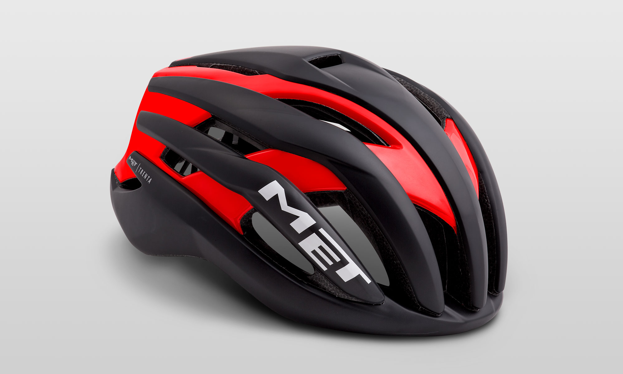 CASCO CICLISMO MET TRENTA BLACK RED.jpg