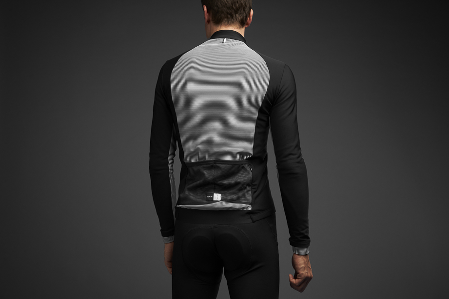 MAGLIA CICLISMO PEdALED KOBE THERMO JERSEY BLACK WHITE.jpg