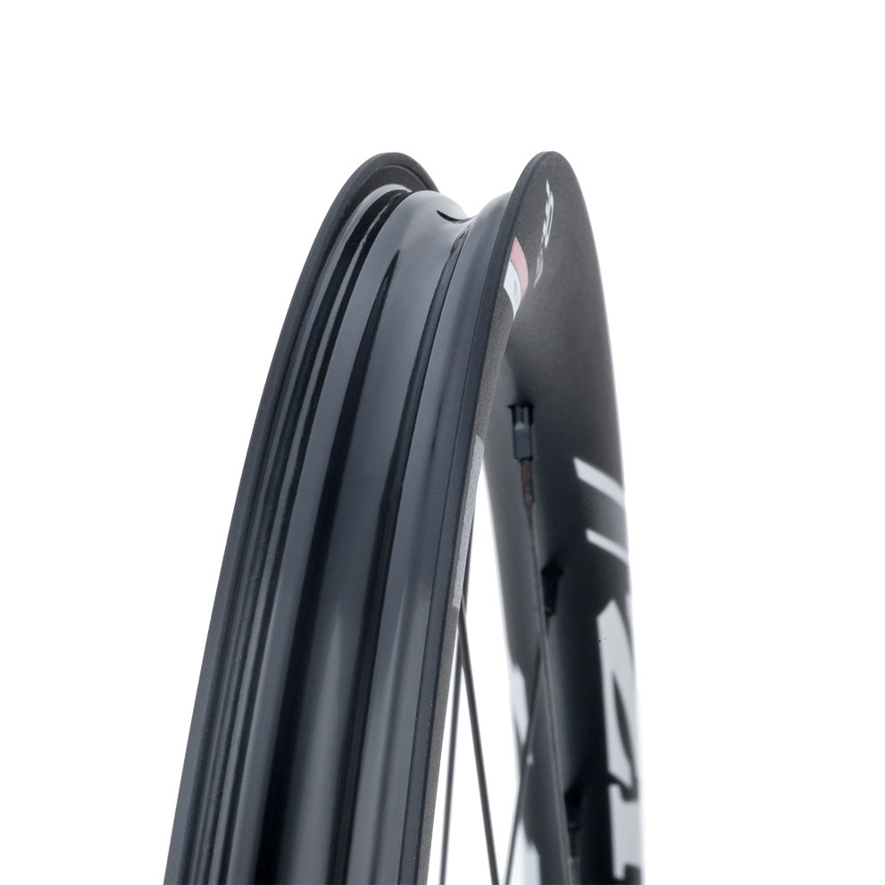 RUOTE ZIPP 30 COURSE DISC BRAKE CLINCHER TUBELESS READY RIM.jpg