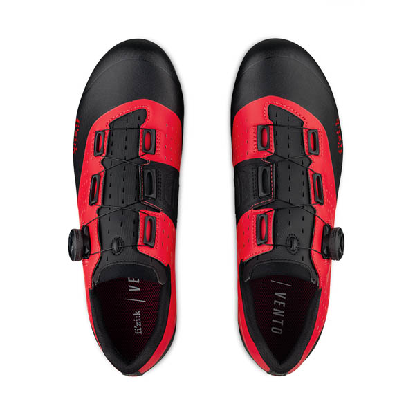 SCARPA CICLISMO FIZIK X3 OVERCURVE red black up.jpg