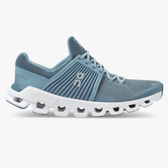 SCARPA RUNNING ONRUNNING CLOUDSWIFT WOMEN 000031W lake sky.jpg
