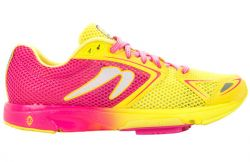 WOMEN'S NEWTON DISTANCE 7 W000618 RUNNING SHOE